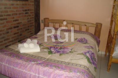 Apartamentos de 4 dormitórios em Ibiraquera, Imbituba - SC