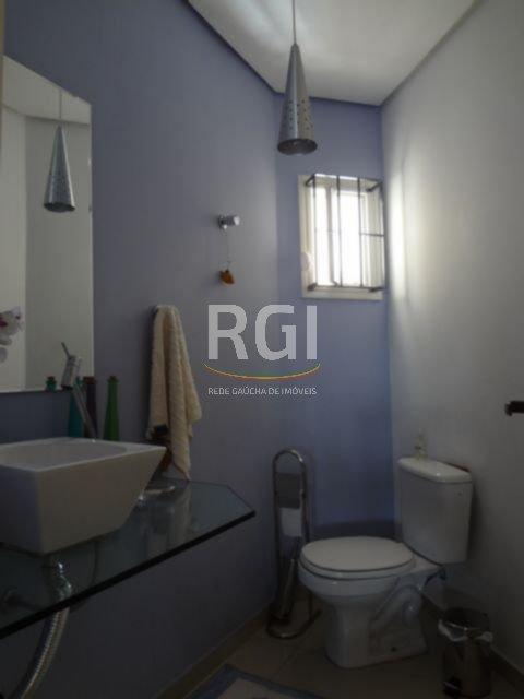 Casa de 4 dormitórios em São Sebastião, Porto Alegre - RS