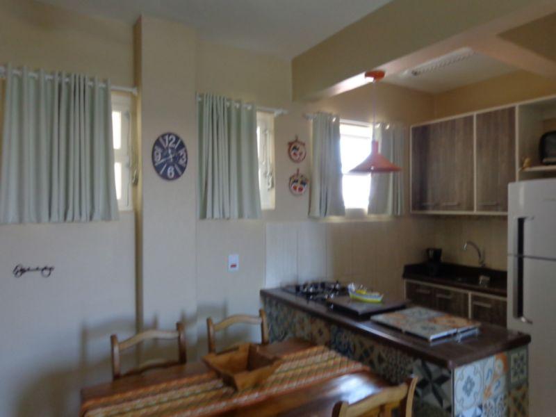 Apartamentos de 2 dormitórios em Centro, Atlântida - RS
