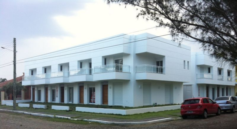 Máffer Imóveis - Casa 2 Dorm, Centro, Xangri-lá