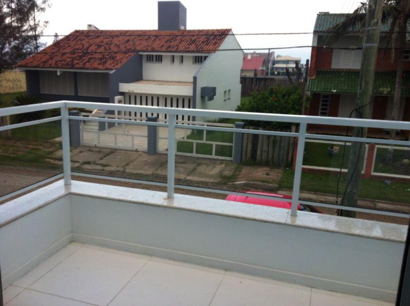 Casa de 2 dormitórios em Centro, Xangri-Lá - RS