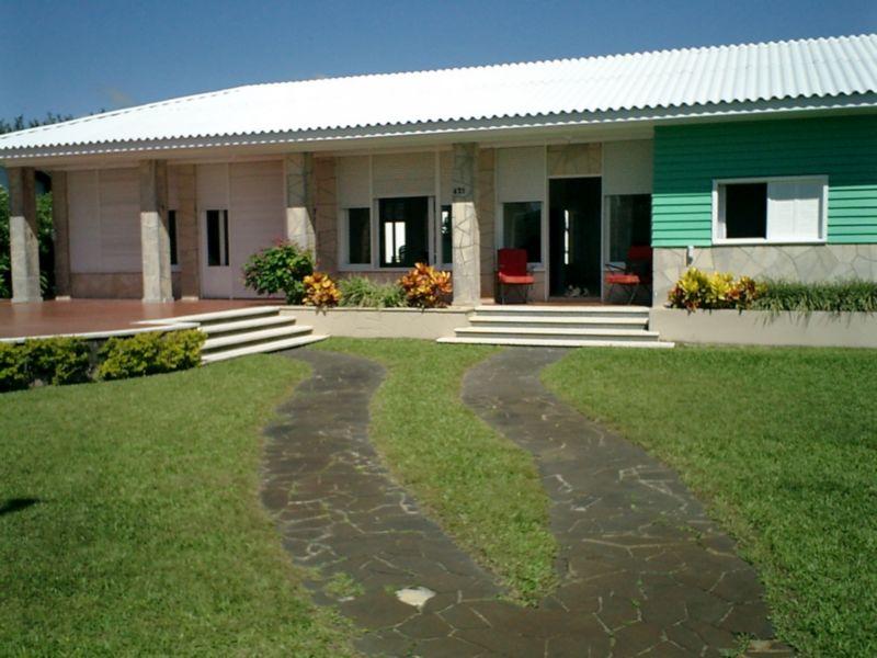 Casa de 6 dormitórios em Centro, Atlântida - RS