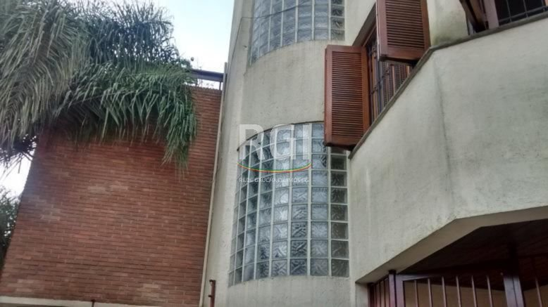 Casa Em Condominio de 4 dormitórios em Chácara Das Pedras, Porto Alegre - RS