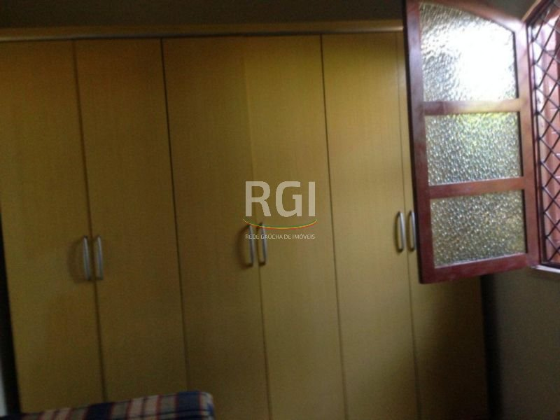 Casa de 4 dormitórios em Higienópolis, Porto Alegre - RS