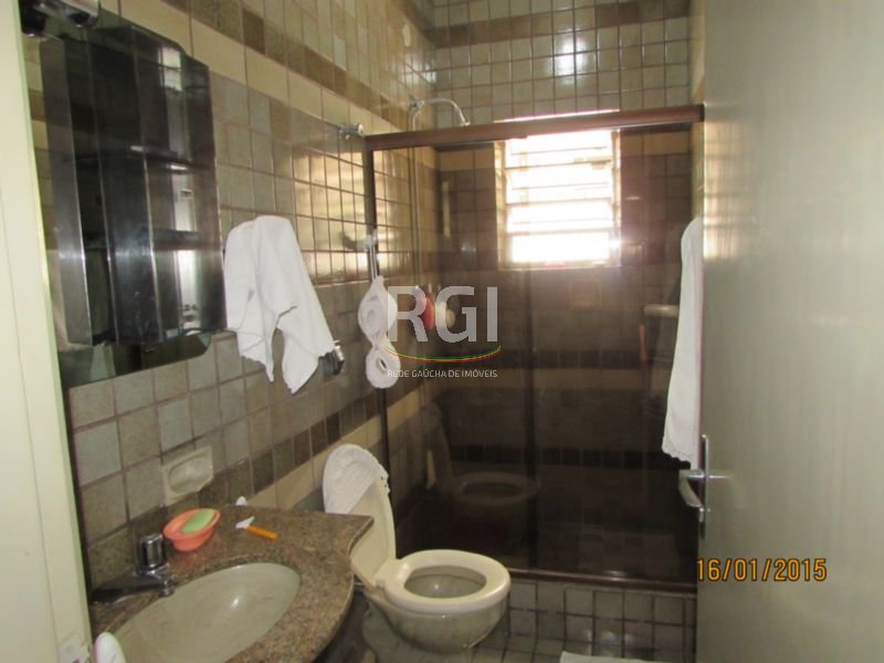 Casa de 3 dormitórios em Teresópolis, Porto Alegre - RS