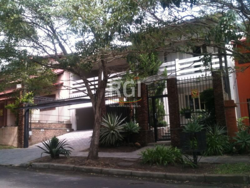 Máffer Imóveis - Casa 4 Dorm, Jardim Itu Sabará