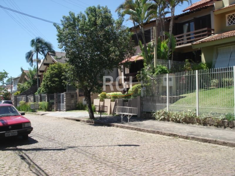 Terreno em Três Figueiras, Porto Alegre - RS