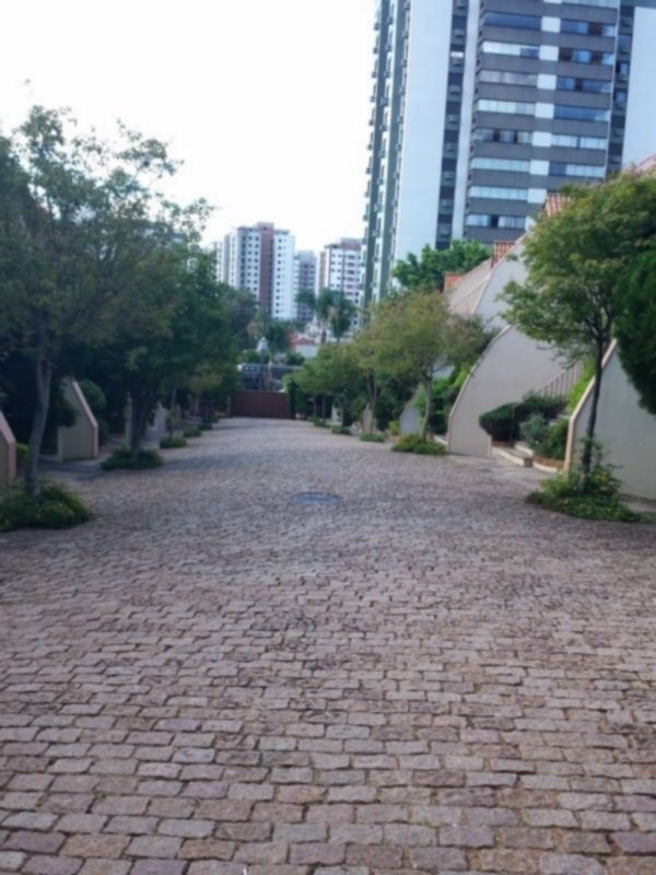 Casa Em Condominio de 3 dormitórios em Boa Vista, Porto Alegre - RS