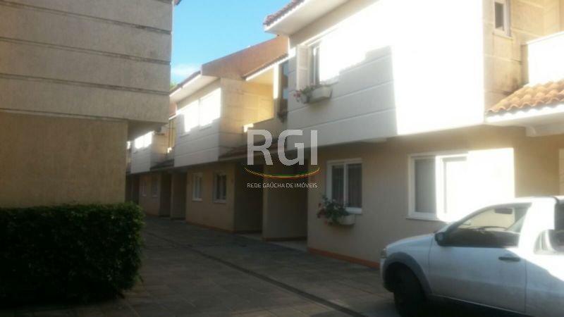 Condomínio Orleães - Casa 3 Dorm, Serraria, Porto Alegre (MF20974)