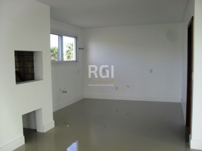 Villaggio Atlântida - Casa 4 Dorm, Centro, Xangri-lá (MF21204) - Foto 4