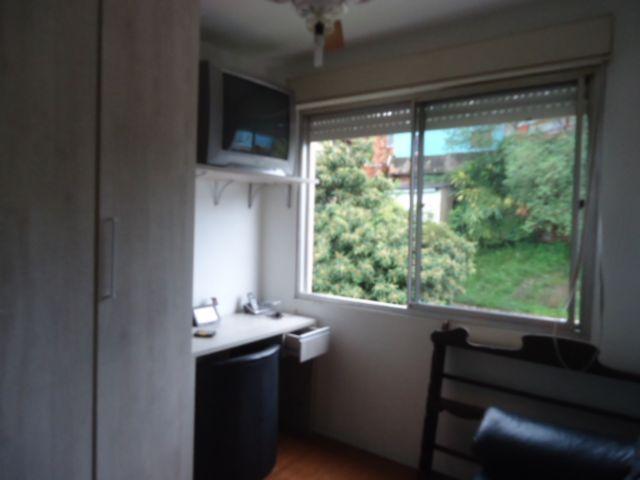 Apartamentos de 2 dormitórios em Cavalhada, Porto Alegre - RS