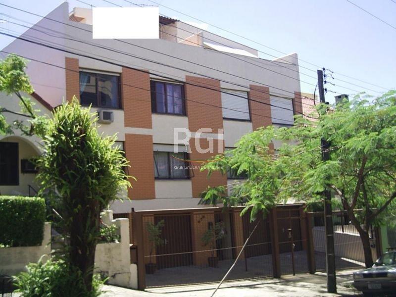 Apartamento 1 Dormitório, amplo. Sala, cozinha, banheiro e area de serviço separada. Pátio privativo. Garagem escriturada para 2 carros, Coberta.