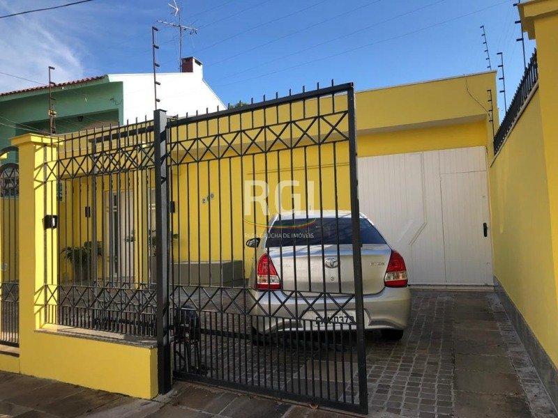 Casa em Passo Da Areia, Porto Alegre (472414)