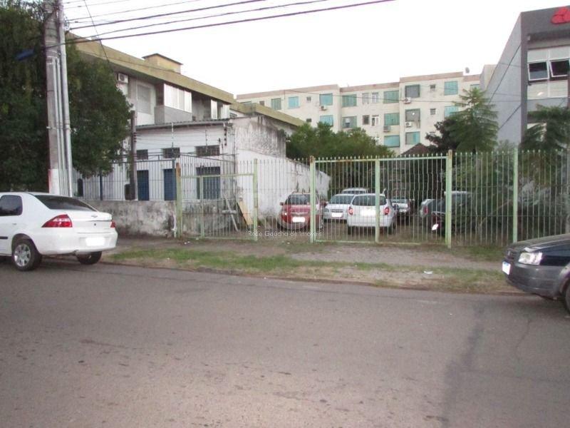 Terreno em Santa Maria Goretti, Porto Alegre (529292)