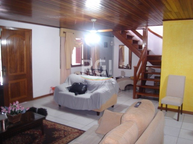 Casa de 4 dormitórios em Jardim Itu Sabará, Porto Alegre - RS